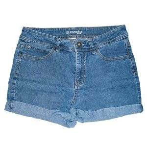 Vintage Medium Wash Mid Rise Cuffed Shorts 30/31